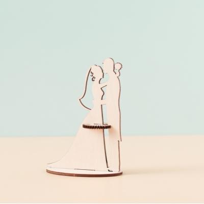 Салфетница из дерева жених и невеста