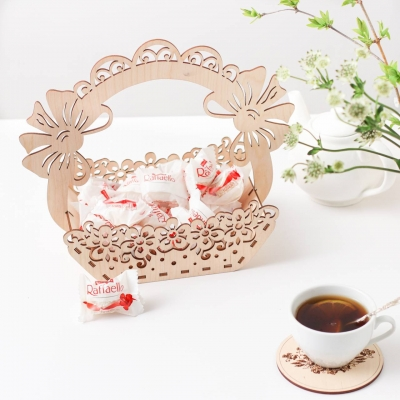 Деревянная корзинка для конфет, фруктов, пасхи или яичек