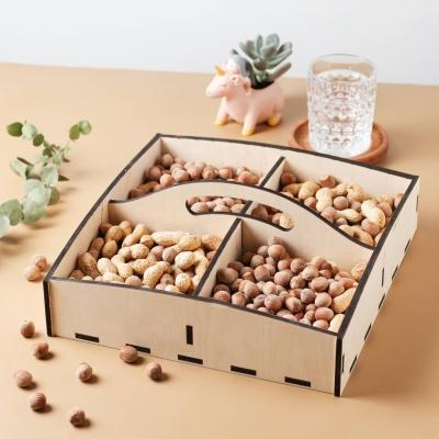 Деревянный поднос для орешков, конфет или фруктов