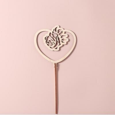 """Деревянный топпер для букетов и цветов. """"Сердце с розой"""""""