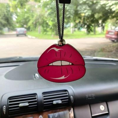 """Ароматизатор в машину из дерева, дизайн """"Розовые губы"""""""