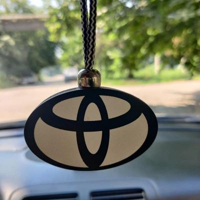 """Ароматизатор в машину из дерева, дизайн """"Логотип Toyota"""""""