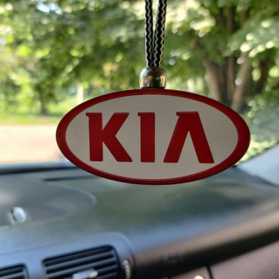 "Ароматизатор в машину из дерева, дизайн ""Логотип Kia Motors"""