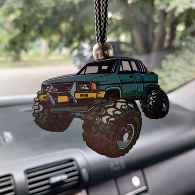"""Ароматизатор в машину из дерева, дизайн """"Джип"""""""