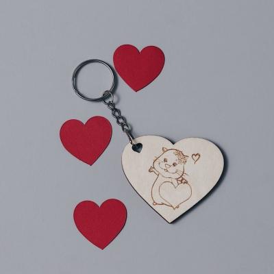 Брелок сердце для ключей из дерева валентинка котик с сердцем