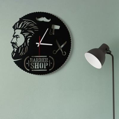 "Декор на стену. Настенные часы ""BarberShop"" v1"