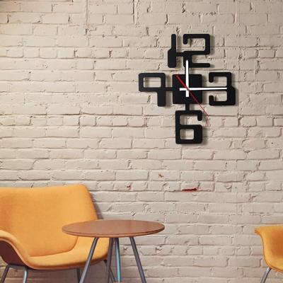"""Декор на стену. Настенные часы """"Цифры"""" v2"""