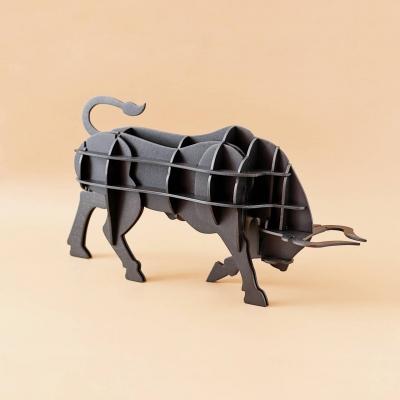 Фигура быка из дерева 3Д. Статуэтка быка с покраской