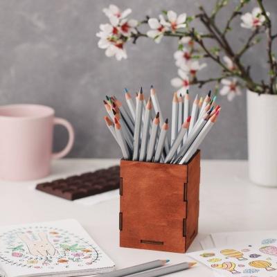 Карандашница из дерева прямоугольная. Подставка для карандашей цвет красное дерево