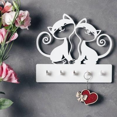 """Ключница настенная для ключей из дерева для дома """"Два котика"""" цвет белый"""