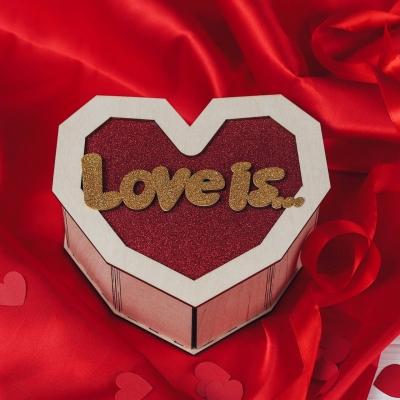 Деревянная подарочная коробка сердце Love is...