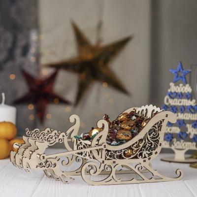 """Деревянная конфетница """"Новогодние сани с оленями"""""""