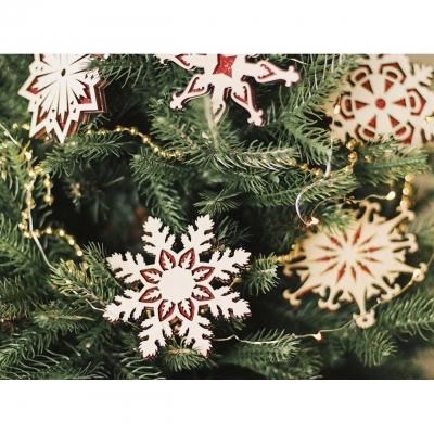 Деревянные снежинки к Новому году двусторонние с блестками