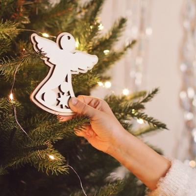 Новогодняя игрушка на елку белый ангелочек