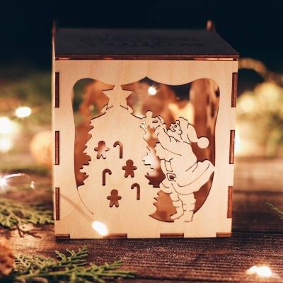Коробка из дерева DomLazera Дед Мороз и елочка 6021_1 11x11x12 Без покраски (В наличии)