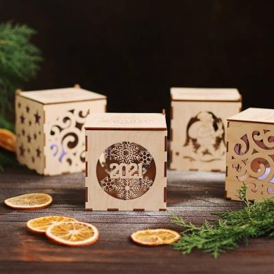 Новогодние коробки из дерева для елочных игрушек в ассортименте