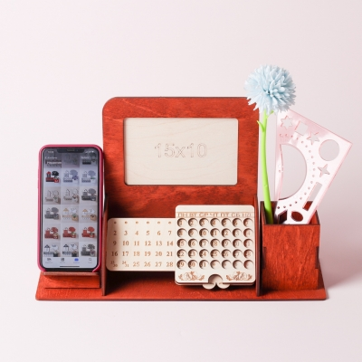 Органайзер на стол вечный календарь с фото и подставкой под телефон