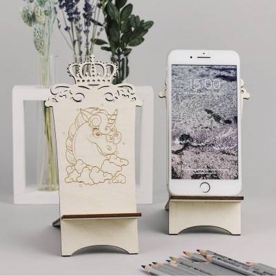 Подставка для телефона из дерева единорог с короной