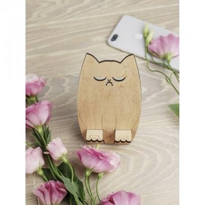 Подставка для телефона из дерева грустный кот