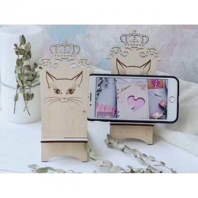 Подставка для телефона из дерева кошка с короной